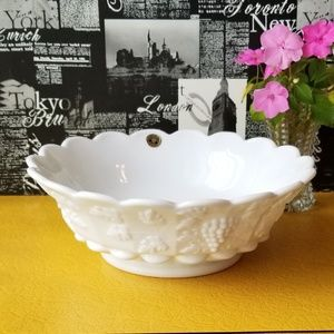 Large Westmoreland Milk Glass Bowl